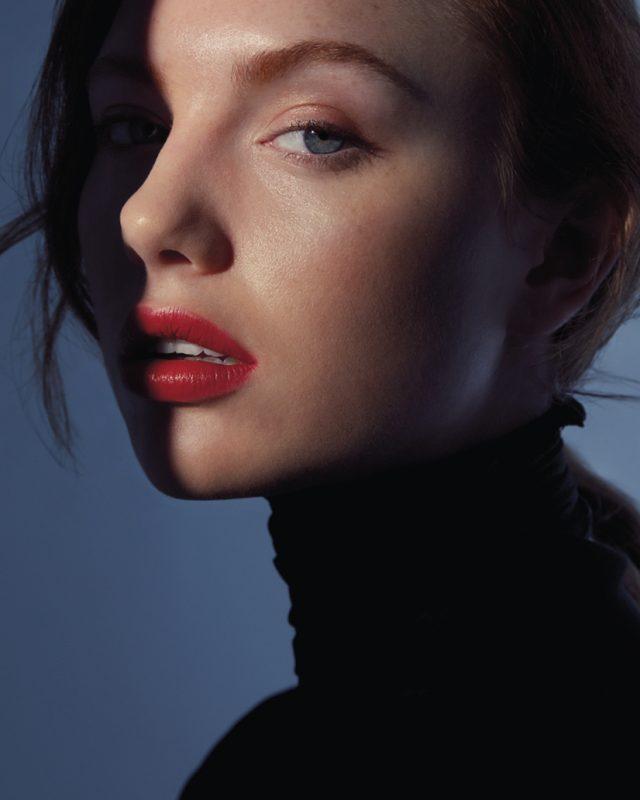 Vogue-Czechoslovakia-Shapes-Julio-Barcena-13