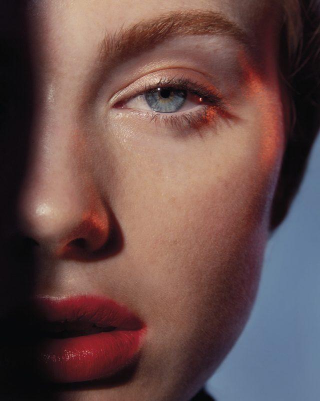 Vogue-Czechoslovakia-Shapes-Julio-Barcena-9